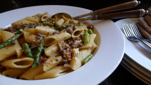 Pasta with Creamy Mushroom Sauce and Asparagus - Copy
